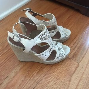 Lace wedges size 9 1/2